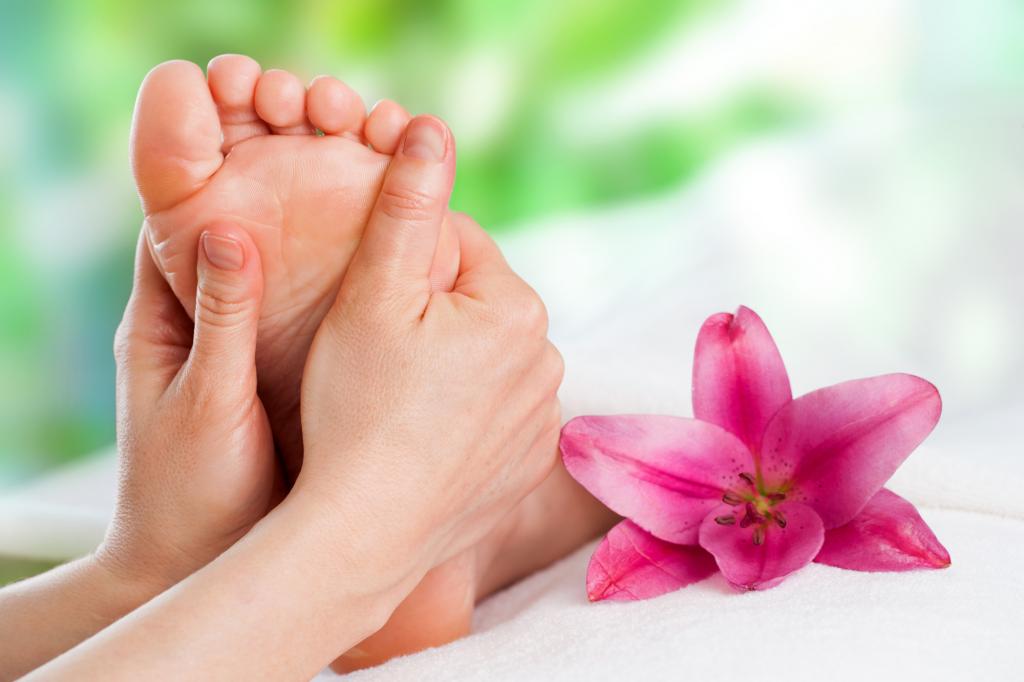 Massage voûte plantaire, fleur